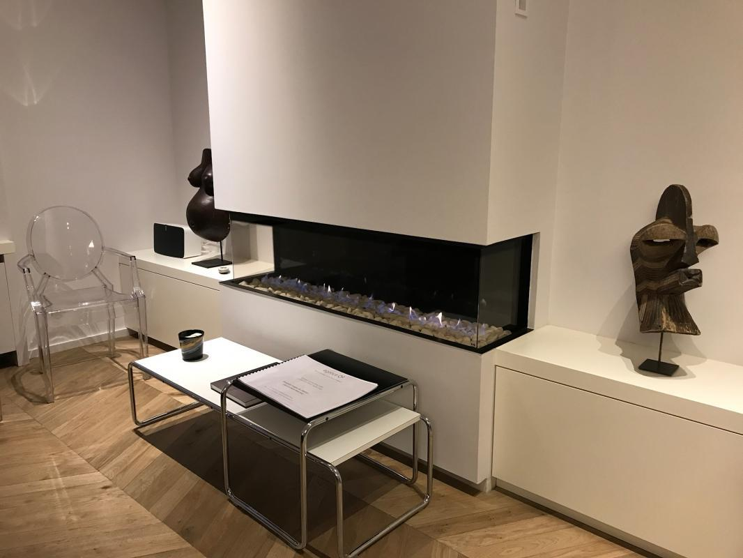 Foyer M Design Luna : Pose d un foyer horizontal m design luna diamond à